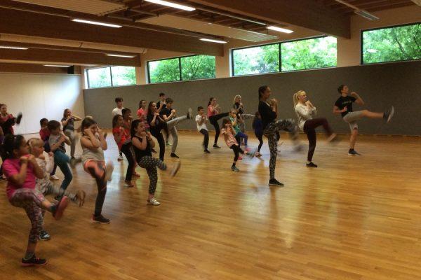 Tanzen, Spiele und Spaß im Pfingstferienlager